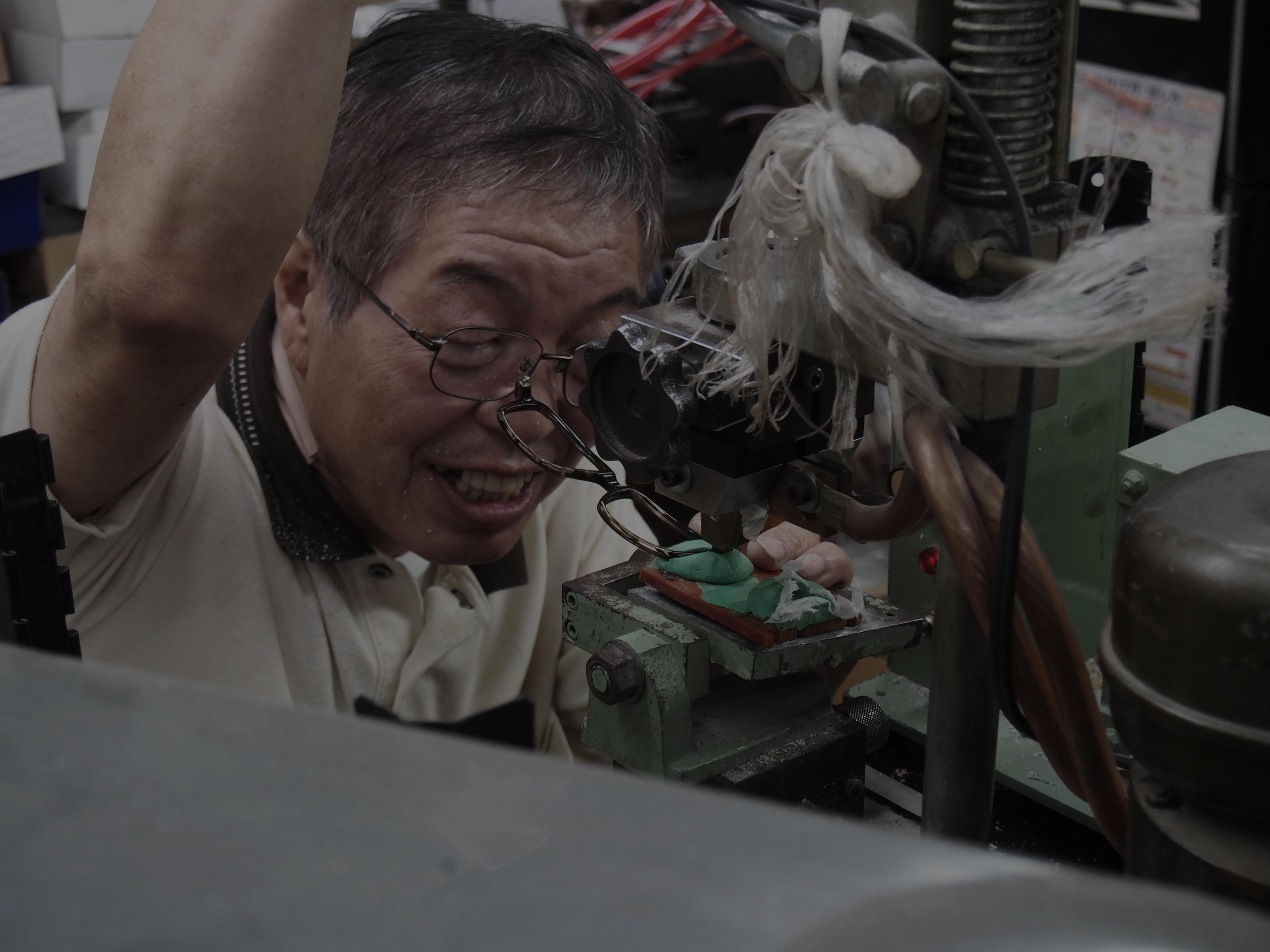 鯖江の眼鏡職人